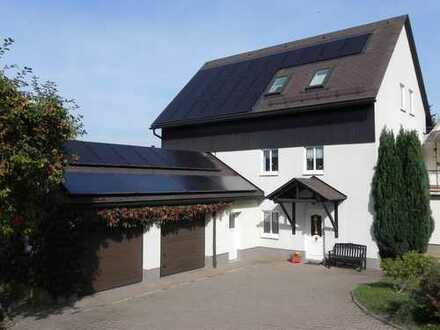 Wohnen am Stadtrand von Brand-Erbisdorf, aufgelockerte Bebauung, zusätzlich 2.000 m² Grdst. möglich