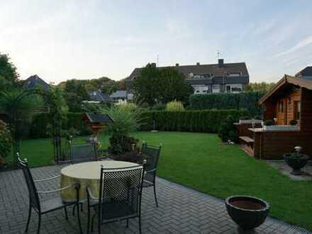 Moers-Schwafheim/Ludwig-Richter-Ring stilvolle neuw. 3,5 EG-Wohnung mit Garten