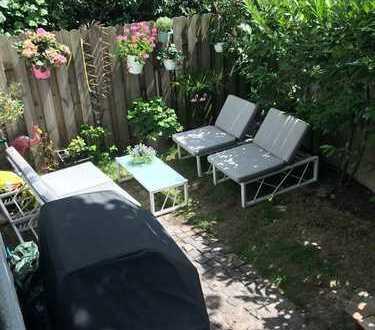 Brauweiler: schöne, helle Gartenwohnung; auch als WG oder Büro geeignet