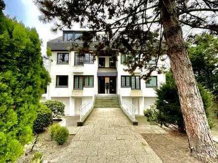 Luxuriöse Maisonettewohnung mit großem Garten