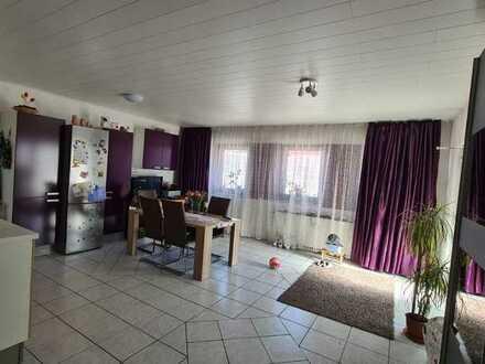 Zentral gelegene, geräumige 2-Zimmer-Erdgeschosswohnung zur Miete in Landau/Isar