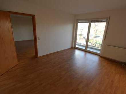 Helle 2-Zi.-Wohnung mit Balkon