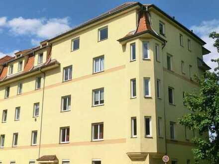 Schöne 2-Zimmer-Küche-Bad Wohnung, stadtnah