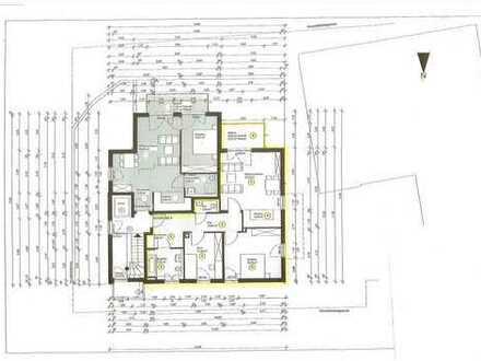 Neuwertige, moderne 3 Zi. OG-Wohnung mit Balkon