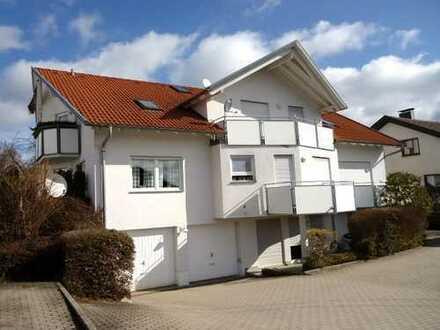 1353 – *Der Klassiker!* Top gepflegte 2 Zimmerwohnung ca. 60m², Küche, Balkon und Stellplatz!