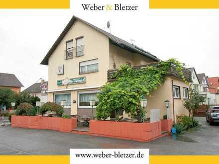 2 Familienhaus mit integrierter, gut gehender und alteingesessener Gaststätte in frequentierter Lage