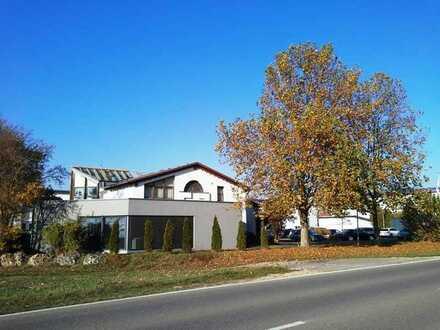 großzügiges + schickes und sehenswertes Büro mit ca. 216 m² Ffläche