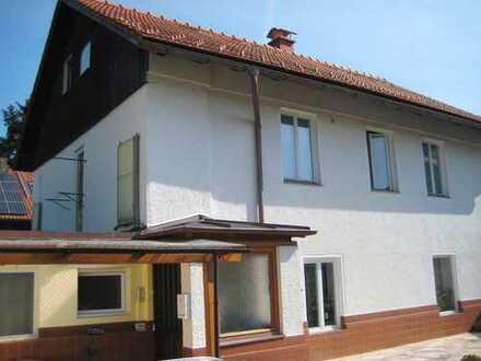 Mitten in der Stadt! Gepflegtes Einfamilienhaus mit zusätzlichem Appartement in Traunstein