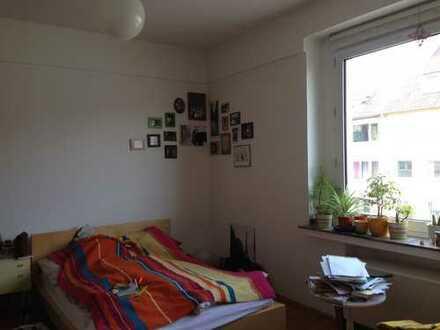 Schönes 20m²-Zimmer im Herzen von Rüttenscheid!