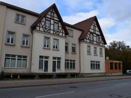 Mehrfamilienhaus mit 2 freien Etagen für Gewerbe oder Wohnen