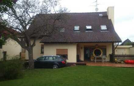 Schönes Haus mit sieben Zimmern in Groß-Gerau (Kreis), Riedstadt