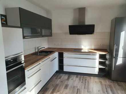Renovierte 3-Zimmer-Wohnung mit Balkon und EBK in Hatzenbühl