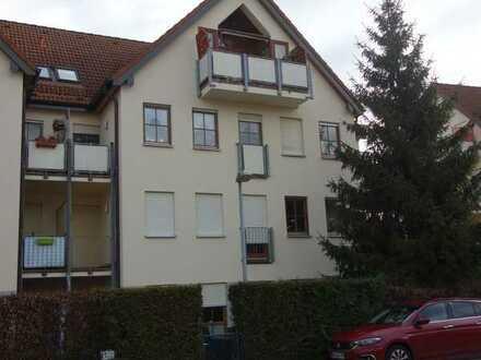 Freie Dachgeschoßwohnung in Leegebruch mit zwei Balkonen
