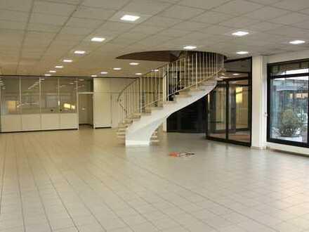 Verkaufs- Ausstellungs- oder Praxisfläche in exponierter Lage von Aschaffenburg