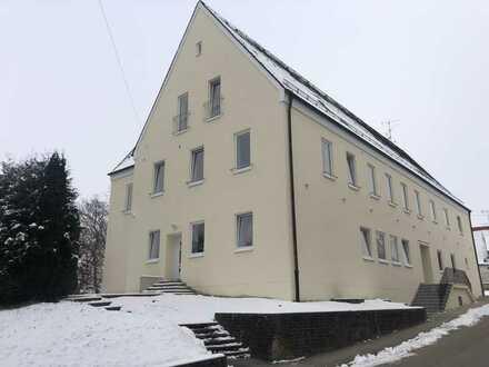 Erstbezug: 3-Zimmer-Wohnung im Kernsaniertem Mehrfamilienhaus. Wohnung Nr. 5