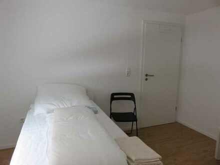 möbliertes Monteur-Zimmer in Friesenheim-Heiligenzell, Warmmiete 450 €