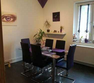 320 € , 64 m², 2 Zimmer in beste Lage