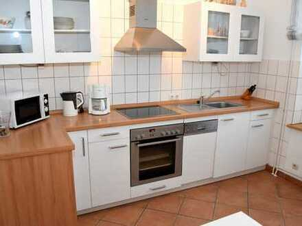 Voll möbelierte moderne 3-Zimmer-Erdgeschosswohnung mit Einbauküche in Flensburg-Jürgensby