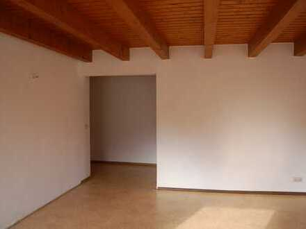 3 Zimmer-Maisonettewohnung in Klingenberg