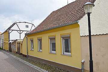 Kleinhaus, auch idealer Altersruhesitz oder Erholungsgrundstück für Großstädter.