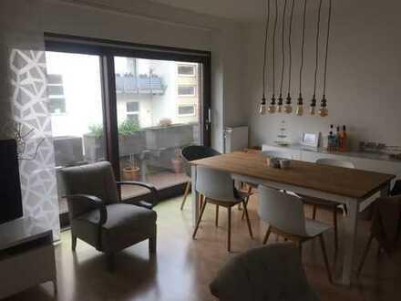 Wunderschöne 2-Zimmerwohnung mit 2 Balkonen im Herzen von Unterbilk