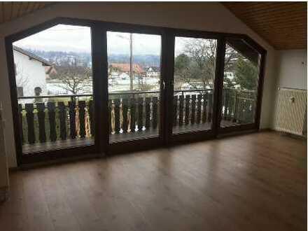 2-Zimmer-DG-Wohnung mit Balkon, traumhafter Bergblick, Murnau/Seehausen