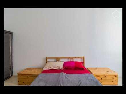 950 €, 55 m², 2 Zimmer