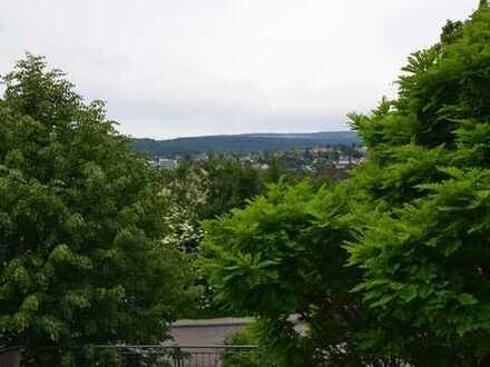 Exklusive, vollständig renovierte 4-Zimmer-Wohnung mit Balkon und Einbauküche in Pforzheim