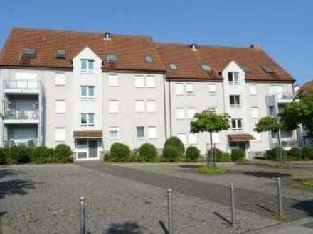 Helle 2 Zimmer Wohnung neu Saniert mit Dachterrasse und Tiefgarage