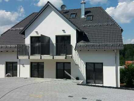Moderne hochwertige Wohnung auf zwei Ebenen