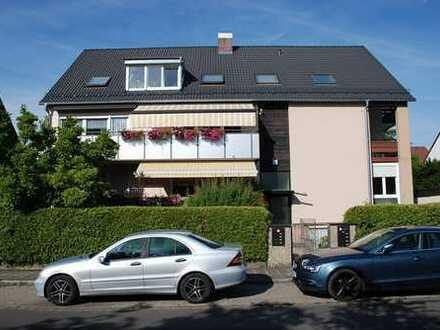 Sonnige 3 Zimmer-Dachgeschosswohnung mit Einbauküche und Garage in ruhiger Lage von: N.-Mögeldorf