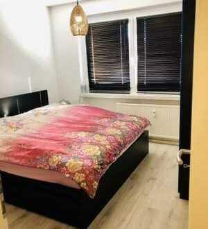 ++ 5 Zimmer Whng. hell, ruhig, geräumig, im Grünen - Viel Platz für wenig Geld, Praktische Lage