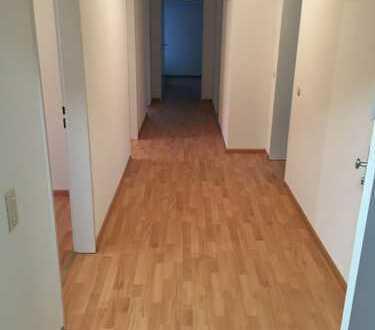 Sanierte 4-Zimmer-Wohnung mit Balkon in Wehr