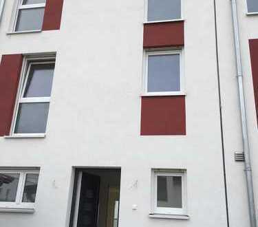 ERSTBEZUG, Schönes geräumiges Reihenaus in Braunschweig, Südstadt-Rautheim-Mascherode