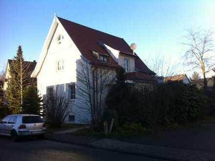 Gepflegte 2-Zimmer-Wohnung mit Wintergarten und Einbauküche in Bielefeld