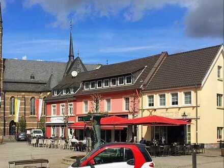 Eiscafe direkt am Marktplatz
