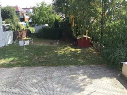 3-RW im DG (2.OG) in Lugau, Stellp. im Hof, Abstellr. im Dachboden, eigener Hausgarten mit Schuppen