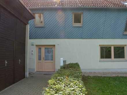Individuelles Wohnen im Grünen, sehr schöne großzügige 4 Raum Wohnung