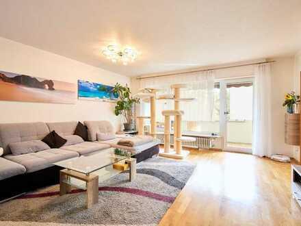 3,5 Zimmer-Wohnung mit hervorragendem Schnitt, zwei Balkonen, XL-Garage und aktuellen Bäder!