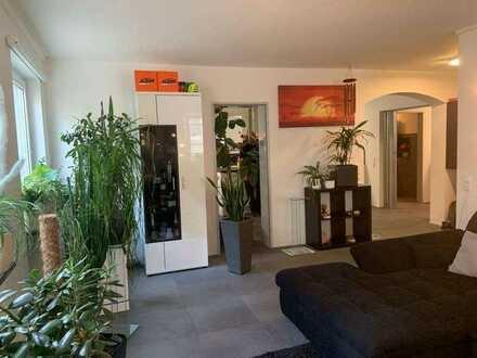 Modernisierte, große, helle 5-Zi. Wohnung am Stadtsee, im Zentrum von Bad Waldsee!!