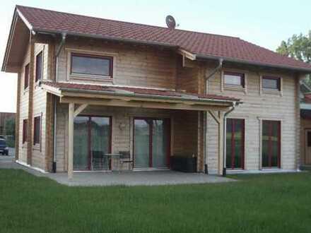 Schönes, geräumiges Holzblockhaus mit fünf Zimmern in Ostallgäu (Kreis), Eggenthal