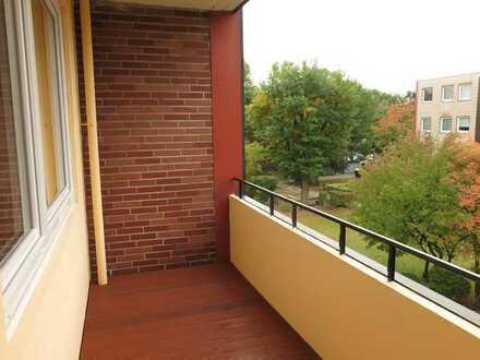 Neu sanierte helle 3-Zimmer Eigentumswohnung mit sonniger West-Loggia und tollem Grundriss