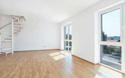 Schöne 4-Zimmer Maisonette Wohnung mit Aufzug