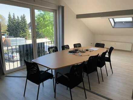 Büroräume ab 5,00 €/qm ggf. mit Hallen- / Lagerflächen