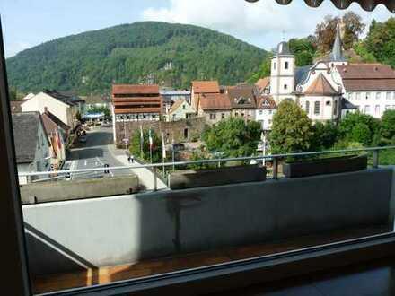 Sonnige sanierte 3-Zimmer-Wohnung mit Balkon in Neckarsteinach