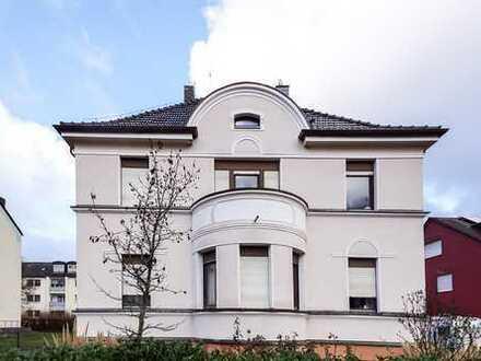 Renovierungsbedürftiges Wohn- und Geschäftshaus sucht kreative Hände!