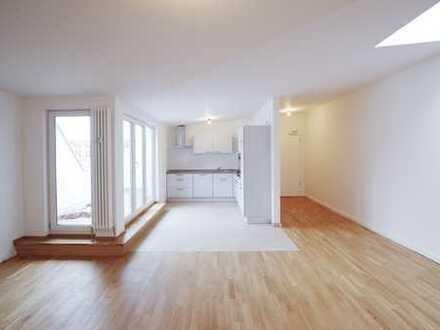 Lichtdurchflutete 3,5 Zimmer Wohnung mit Terrasse!