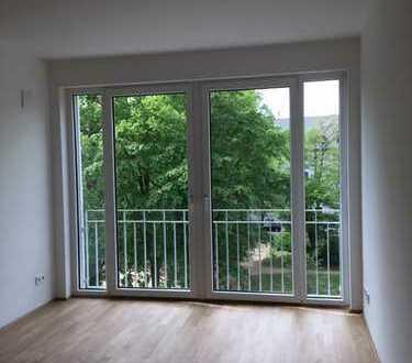 Charmante 2-Zimmer-Wohnung mit Stellplatz und Küche, Erstbezug