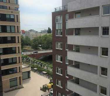 Sonnige 2-Zimmer-Wohnung mit Südwest-Balkon und Teilblick zur Spree!