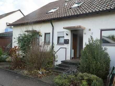 Schönes Doppelhaushälfte mitten im ruhigen Grün von Erdmannshausen